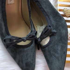 Shoes - Suede Pumps Charcoal Gray Suede NEW
